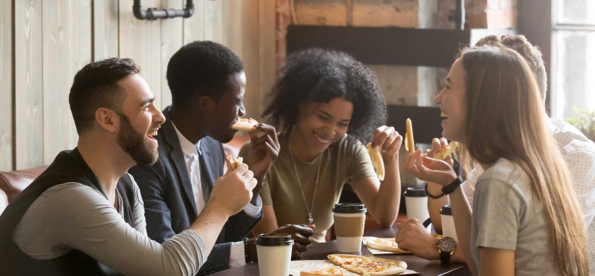 7 Tips for Making Socializing Much Less Painful for Introverts Who Need to Network