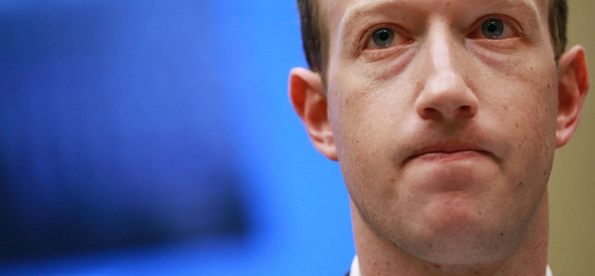 Investors Revolt Against Mark Zuckerberg at Facebook\'s Annual ...