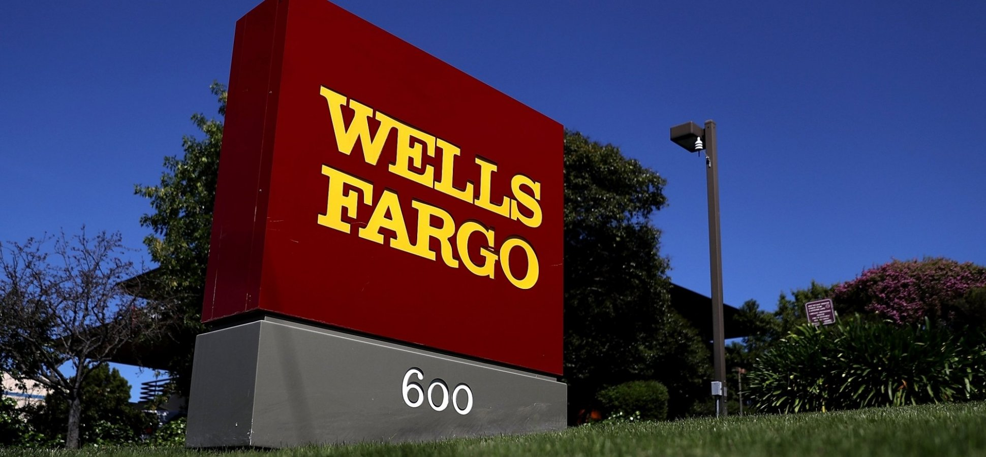 The Past 24 Hours Has Been an Utter Disaster for Wells Fargo and Teaches a Major Lesson in Crisis Management