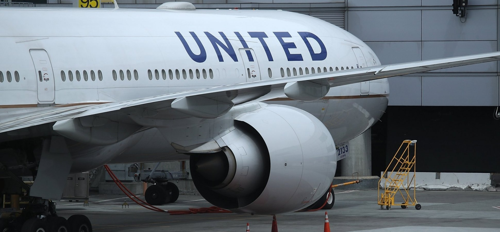 A United Airlines Gate Agent Said a Customer Had Suffered a Heart ...