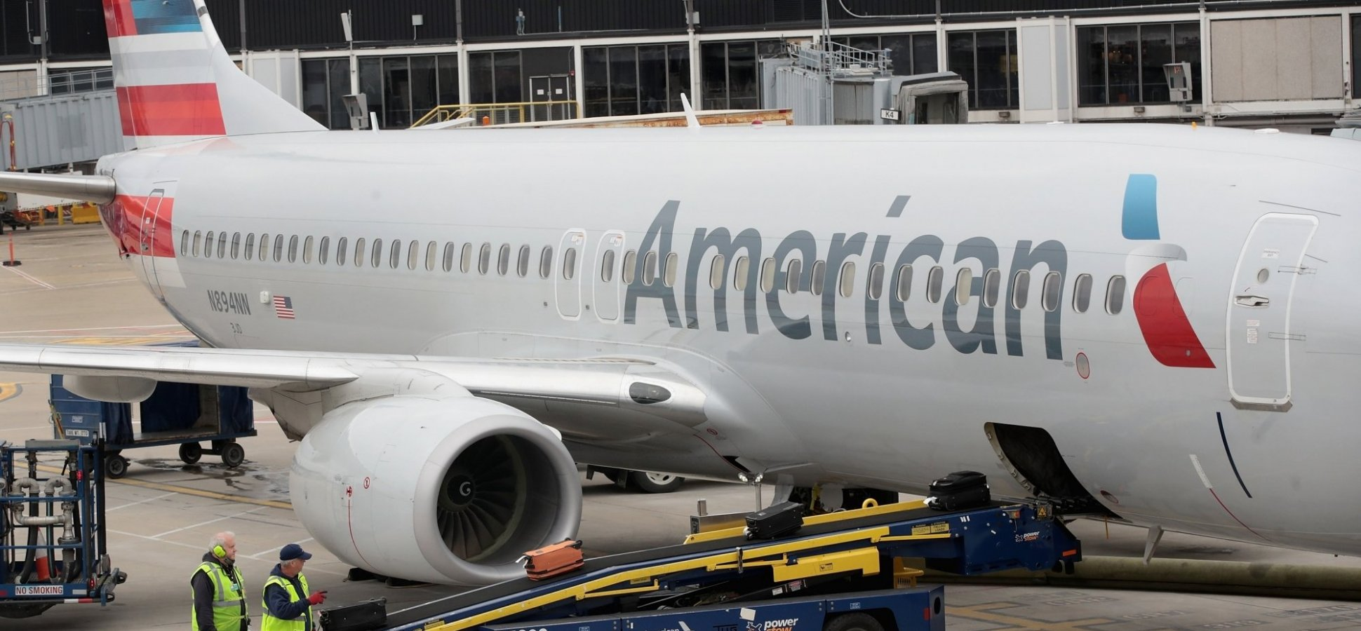 Texas family says they couldnt American Airlines flight after autistic sons meltdown