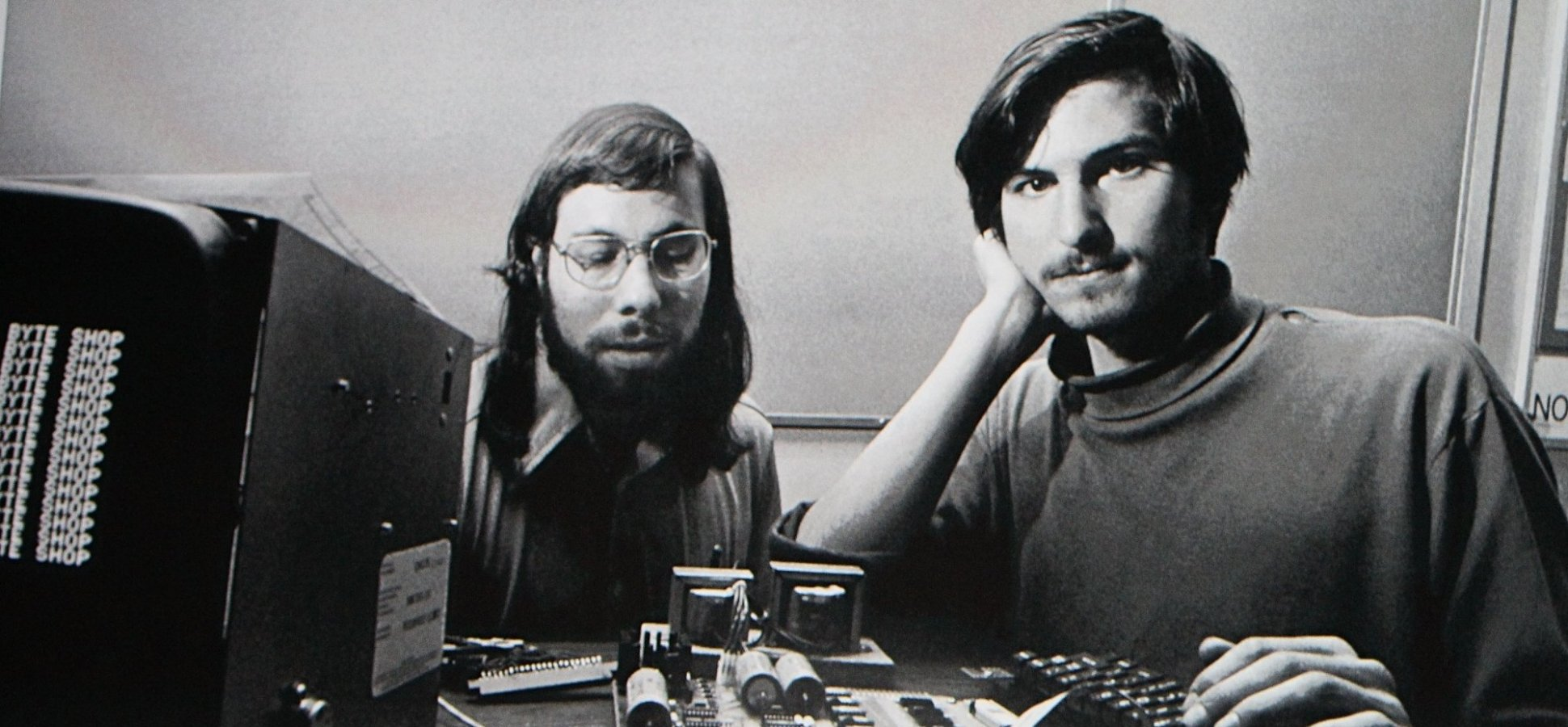 A World War II Plane That Kept Crashing Helped Lead to Steve Jobs' Biggest Innovations