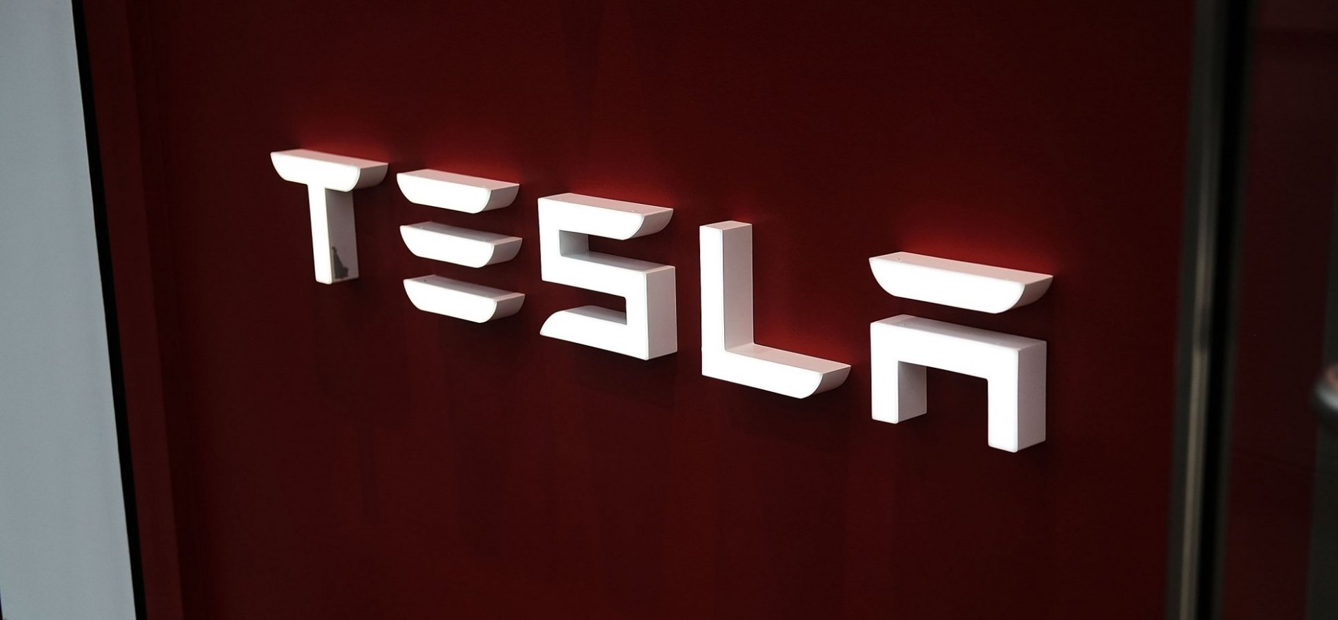 Tesla Could Face a Massive Investigation Over a Possible Flaw In Almost All of Its Vehicles
