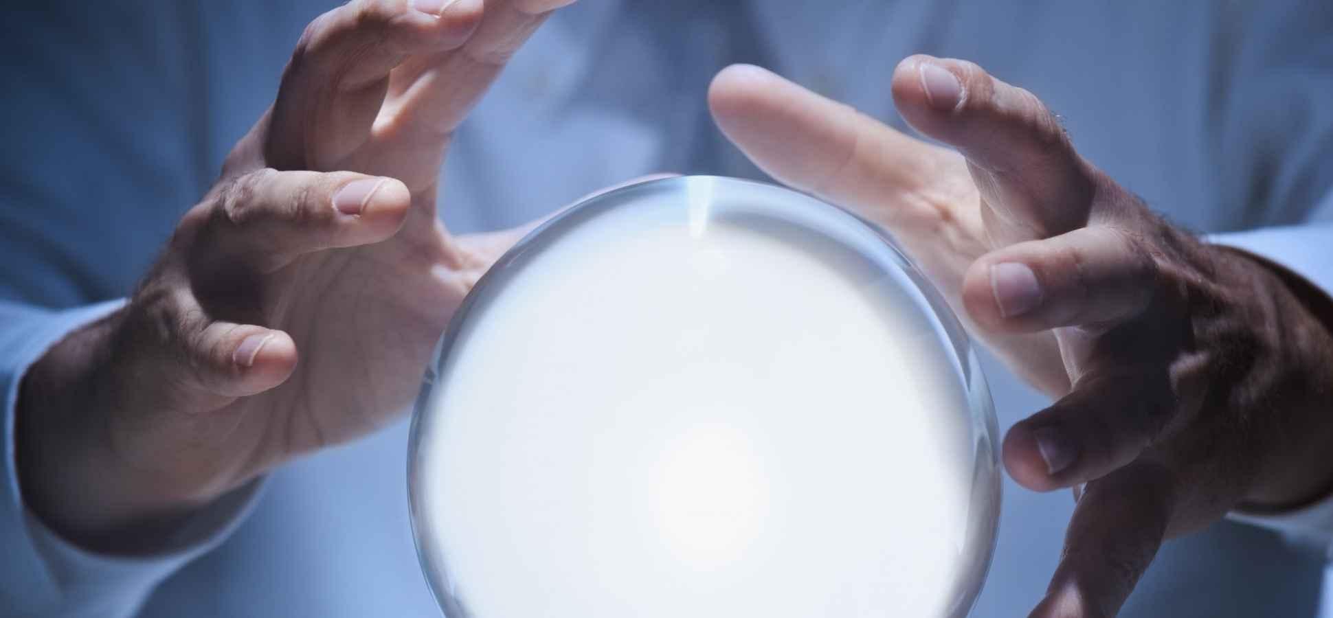 Experts Predict 9 Ways Internet Marketing Will Change in 2016
