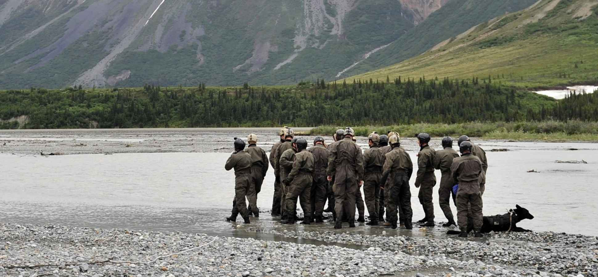 12 Leadership Lessons to Learn From the Navy SEALs