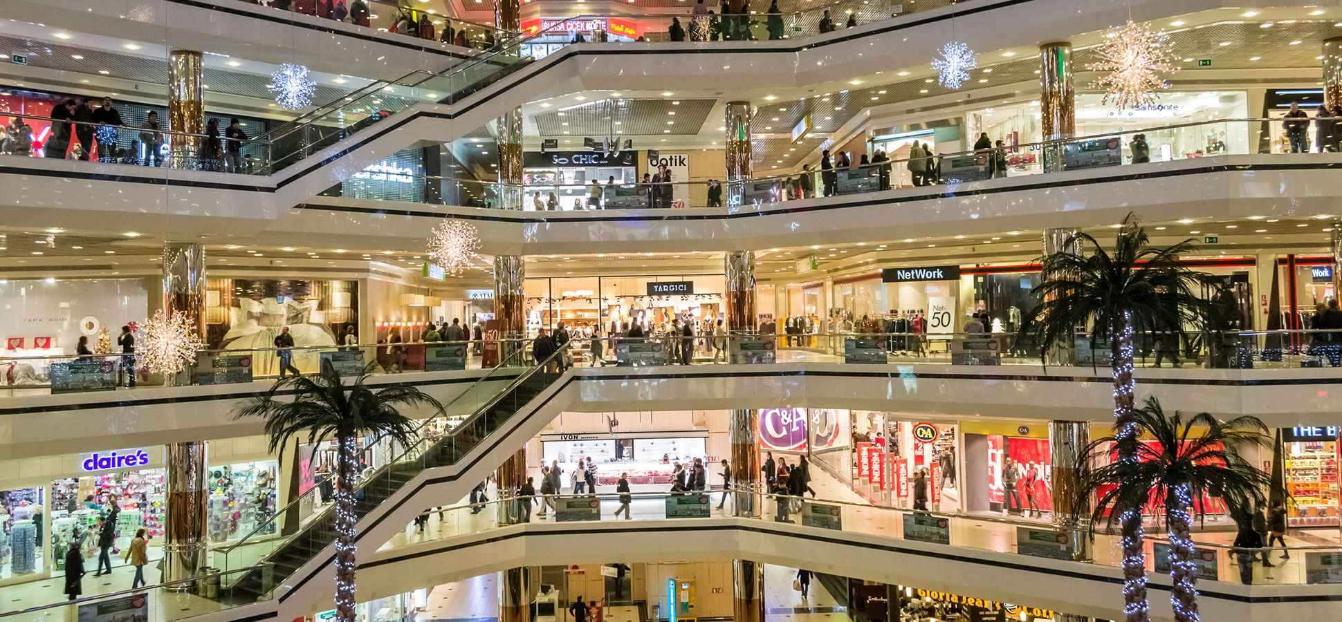 A Startup Brings Same-Day Delivery to Shopping Malls