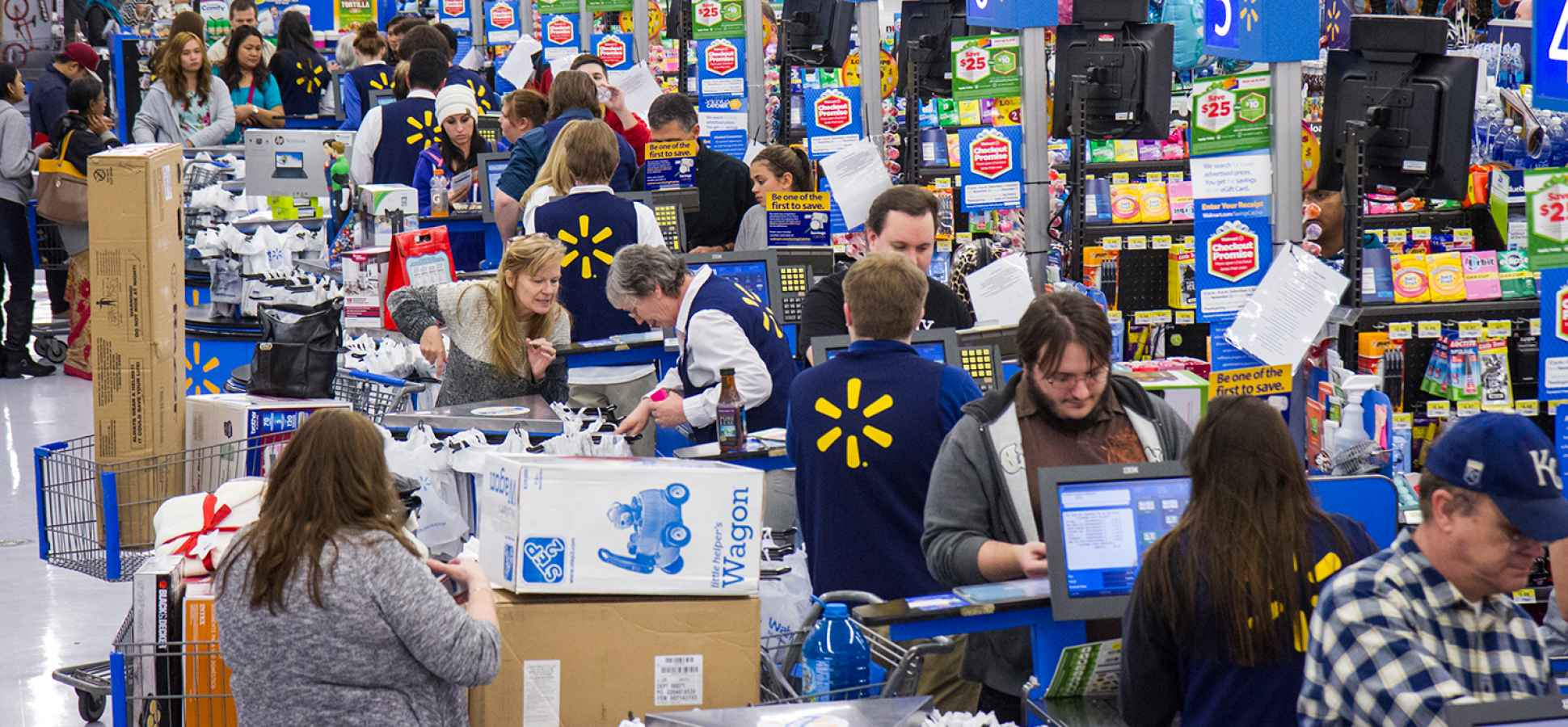 Walmart Just Created a Side Hustle for Its 1 Million Employees