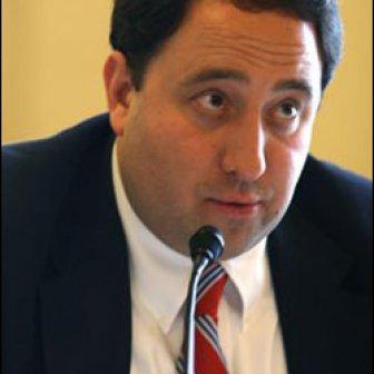 Author image for Drew Greenblatt
