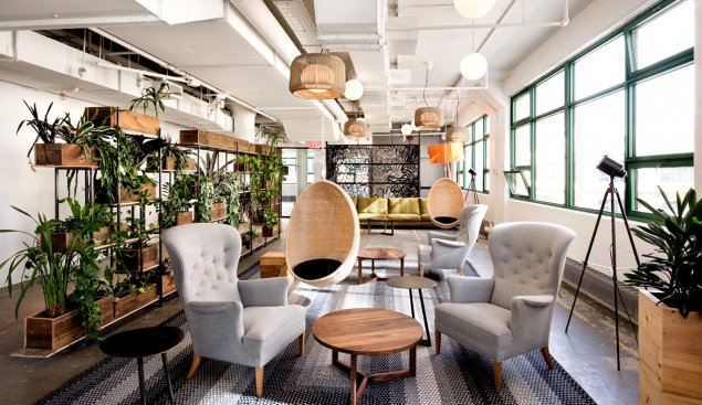 Etsy 18 EtsyGreenLibrary 95234 - 8 Start-up Offices That You Need to See