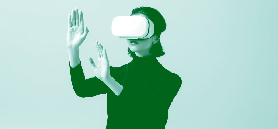 I Gave a Keynote in Virtual Reality. Here's What I Learned thumbnail