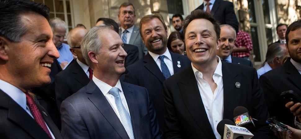 Tesla Gigafactory Jobs >> Elon Musk's Tesla PR Strategy Is Straight From the Steve ...