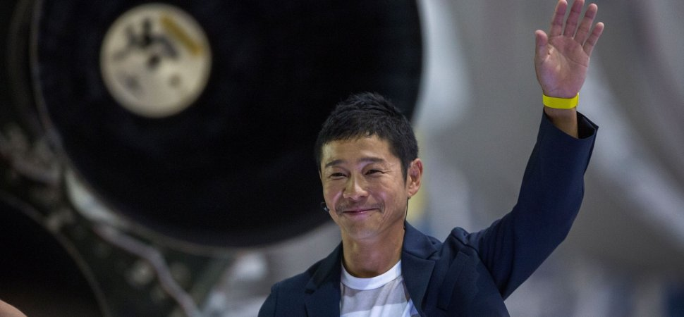 A Japanese Billionaire Is Searching for a Girlfriend to Join Him on a SpaceX Rocket