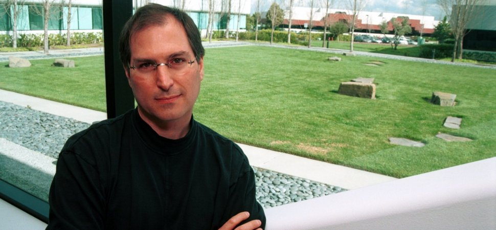 32ce582b277 20 Years Ago, Steve Jobs Demonstrated the Perfect Way to Respond to an  Insult