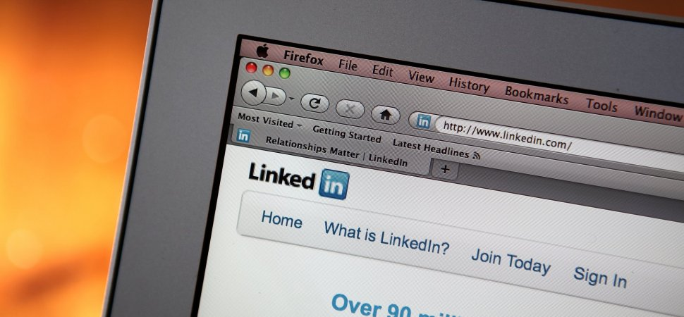 Here Are the Pros and Cons of Having LinkedIn Contacts You
