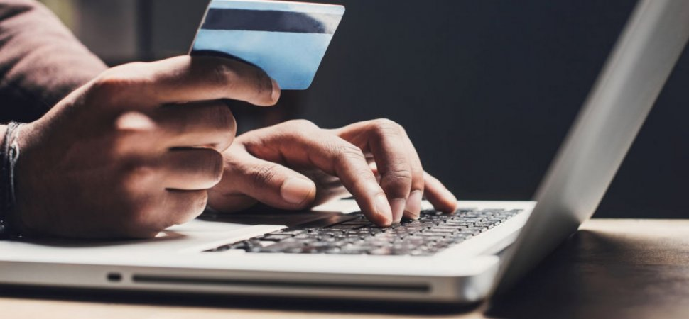 How Dynamic Video Is Revolutionizing Online Shopping image