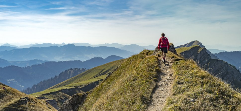 Neuroscientist: To Keep Your Brain Young, Go Hiking
