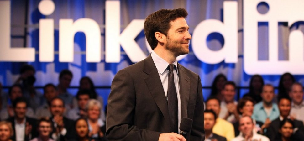 LinkedIn's CEO Just Showed the World How Great Leaders Deal With Bad News