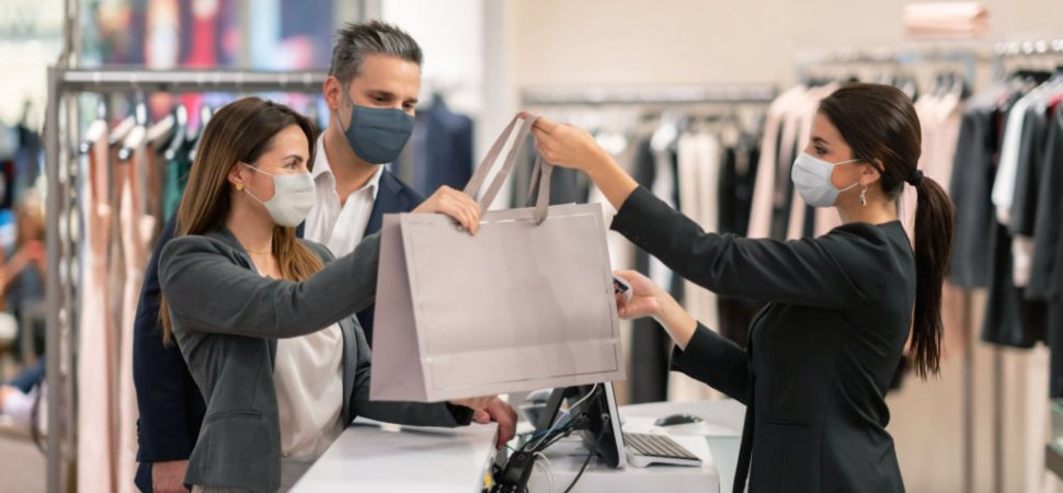4 Ways to Maintain a Cleaner Shopping Environment image