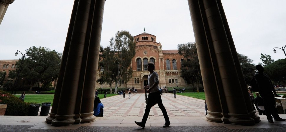 Ranked: Top 20 Business Schools Whose Graduates Earn Over
