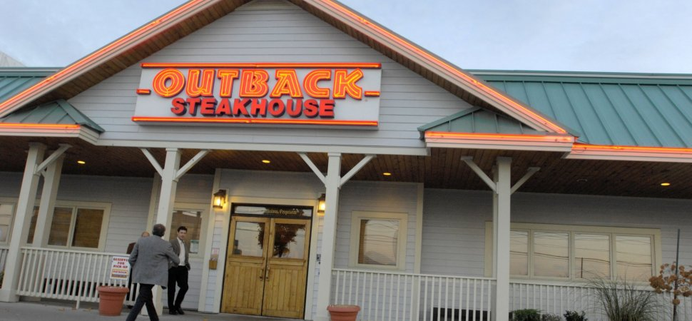 Outback Steakhouse Fired A Server For Complaining About 735 Order With No Tip On Facebook Inc