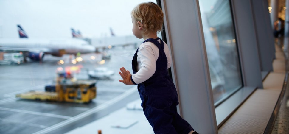 10 Crucial Rules I Learned About Flying With a Toddler on United and