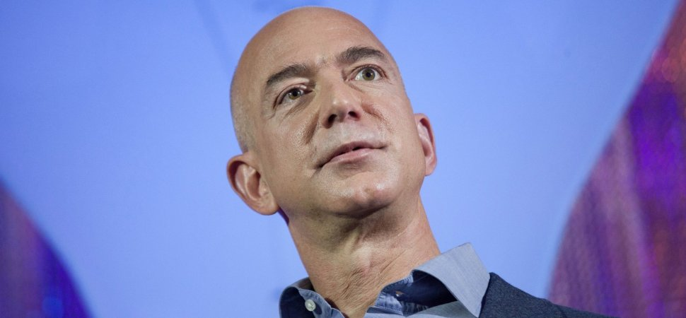 20 Years Ago Jeff Bezos Said This 1 Thing Separates People Who