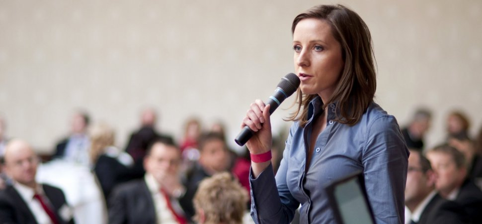 How to Overcome the Fear of Public Speaking in 5 Minutes