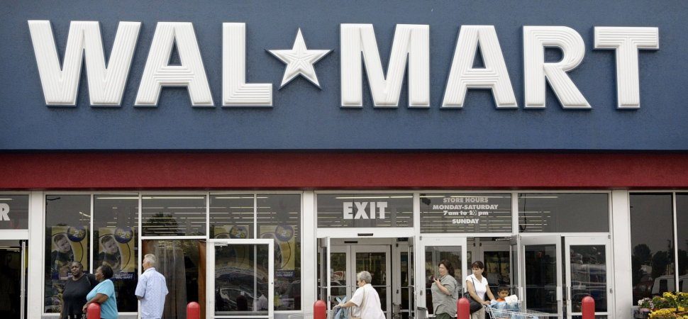 A Walmart Employee Dramatically Quit His Job In A Viral
