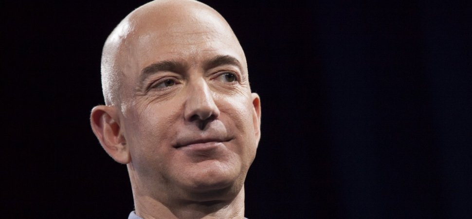 'Silent Start': The Brilliant (and Surprising) Meeting Method I Learned From Amazon's Jeff Bezos