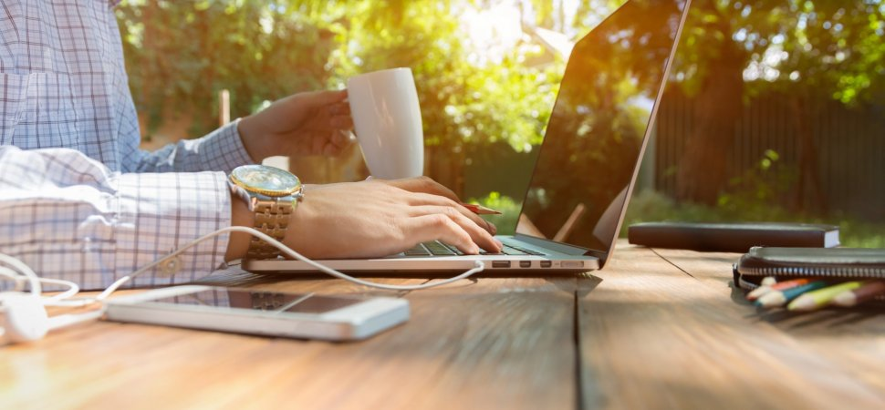 How to Successfully Manage a Team That Works Remotely
