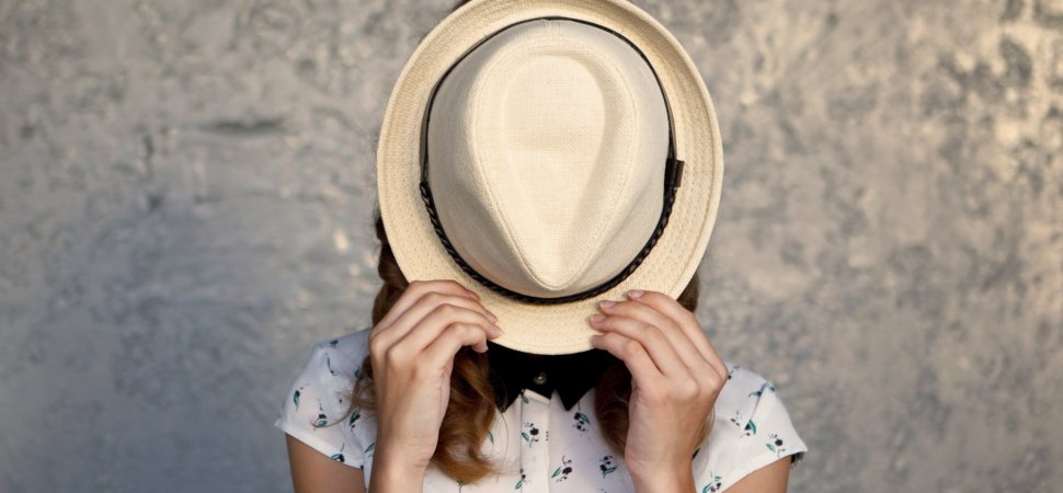 3 Signs You're the 'Bad Kind of Introvert' and Need to Change