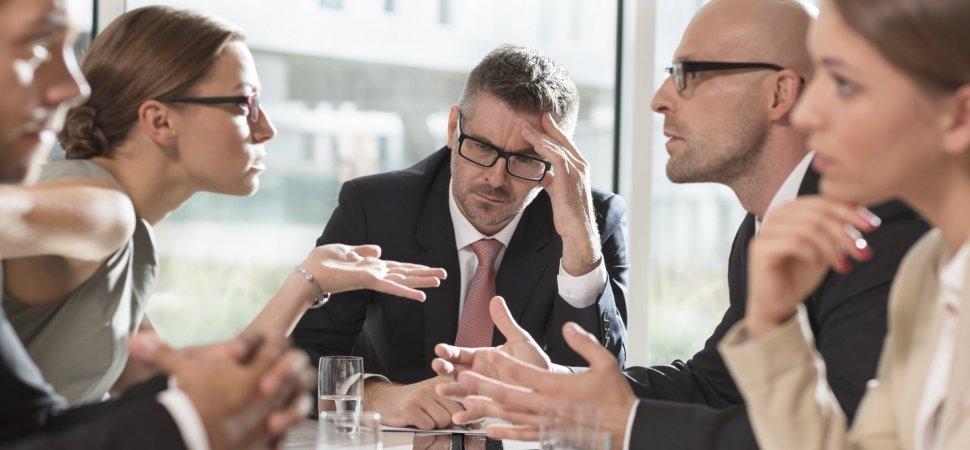 5 Tips Mengatasi Konflik Kerja yang Paling Berat Sekali Pun di Perusahaan