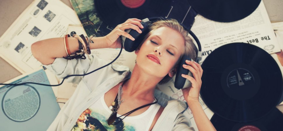 Research Shows Listening to Music Increases Productivity