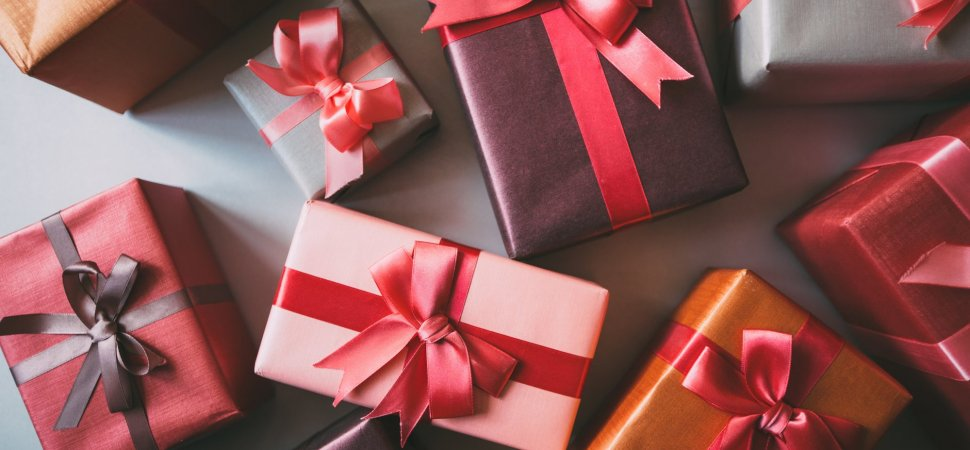 The Ultimate List: 75 Perfect Gifts for Every Businessperson