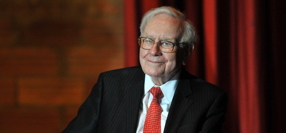 This Is the Investment Warren Buffett Says Every College Graduate Should Make