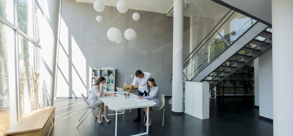 Five office design trends to look forward to in 2018 blog for Office design trends articles