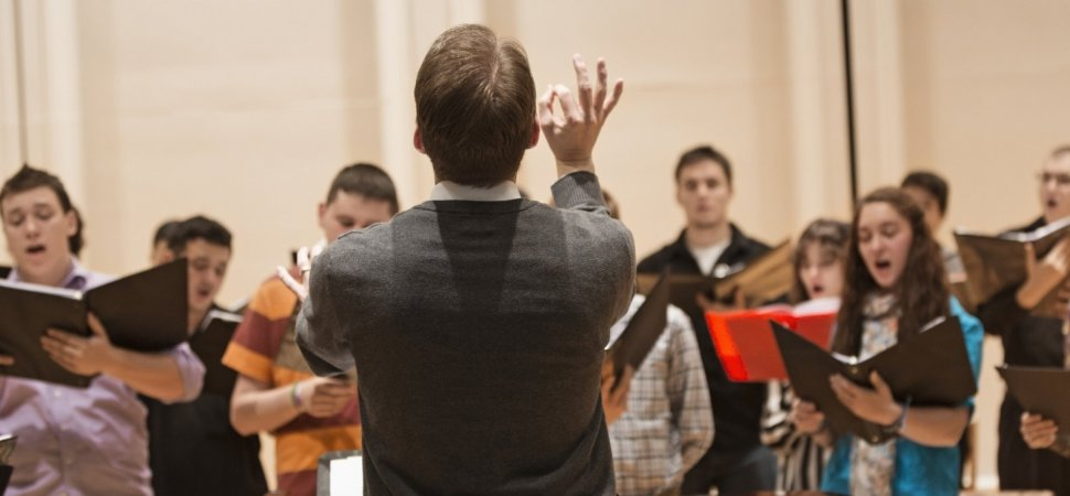 Why Singing in a Choir Makes Workers Genuinely Happy (and How to
