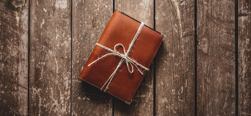 B17 Of The Best Business Books To Give As Gifts This Holiday Season