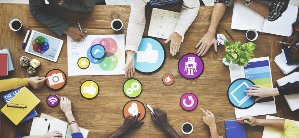9 Social Media Experts Share Their #1 Productivity Tip | Inc.com