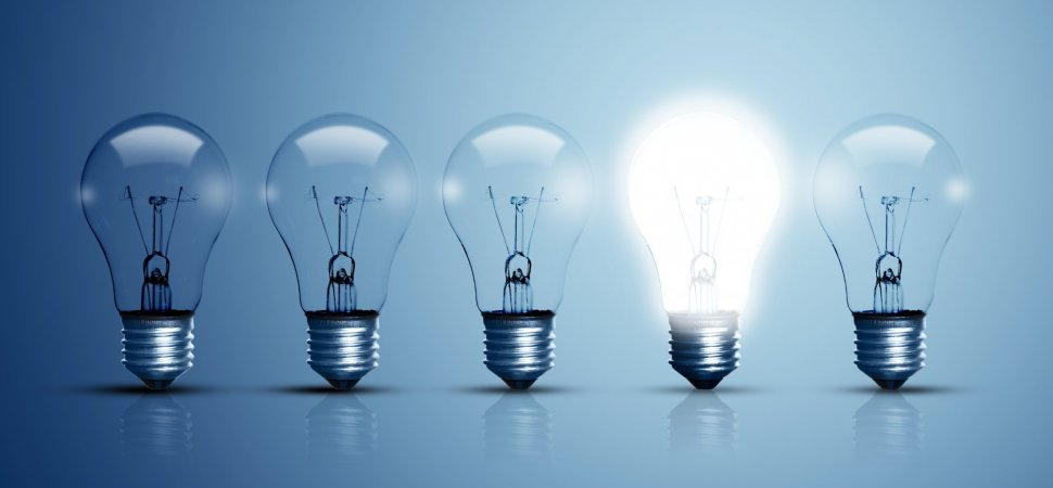 To Develop Ideas, Generate and Evaluate Them at the Same Time image