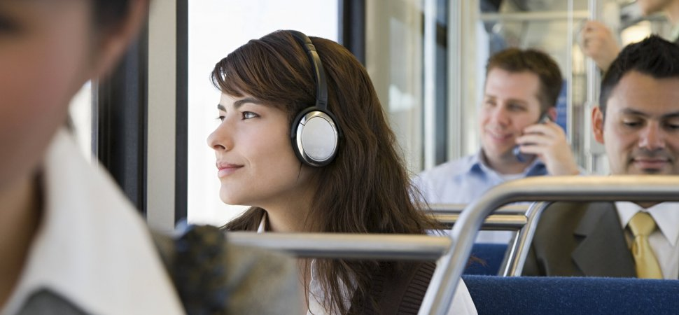These 7 Podcasts Are the Perfect Way to Get the Day Started and Set Yourself Up for Success (One for Every Day of the Week)