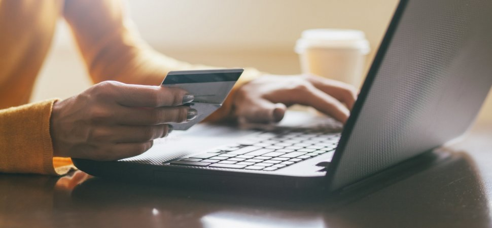 Here's How to Do an Effective Email Campaign for Cyber Monday in 4 Steps