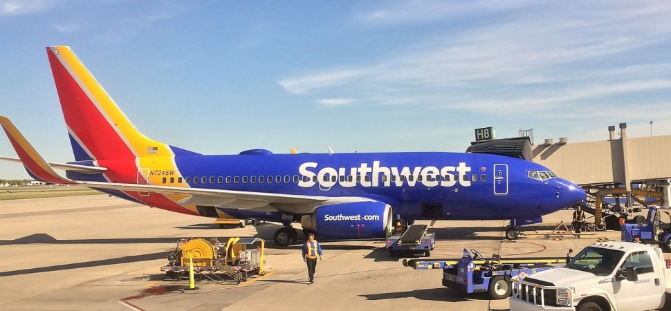 This Stunning Story of Kindness on Southwest Airlines Shows: Always Talk to Strangers on Airplanes