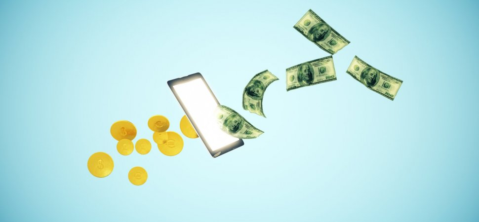 Should You Put Your Money in an Online Bank? Here's What You