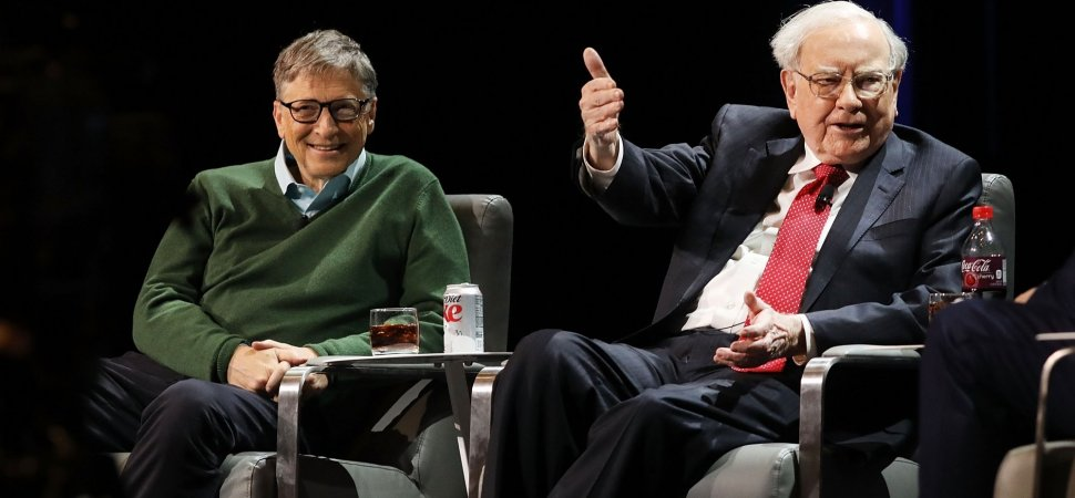 Warren Buffett Says Doing 1 Thing Separates Successful People From Everyone Else (and It Stunned Bill Gates)