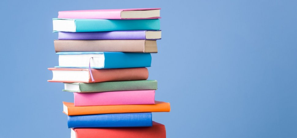 Why You Should be Reading Books Every Day, According to Science