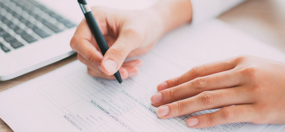 this 1 resume mistake makes you look like a liar to hiring managers