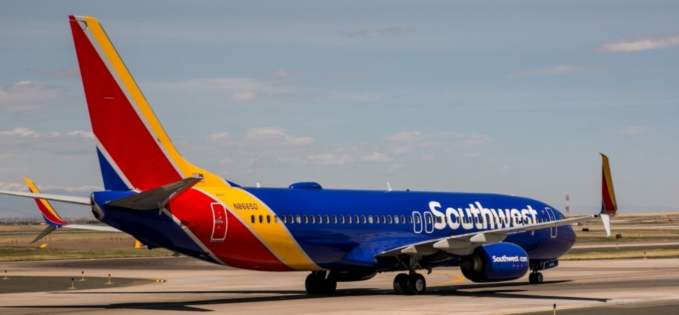 This Is the Most Amazing Photo Ever Taken From a Commercial Airplane. Now, a Southwest Passenger Explains How He Did It