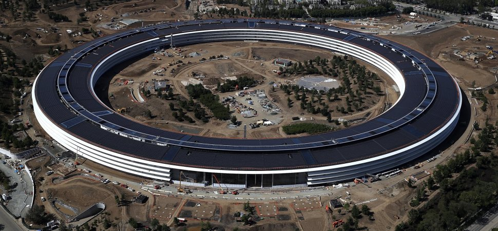 Apple 39 S Stunning New Hq Is As Polarizing As Its Visionary