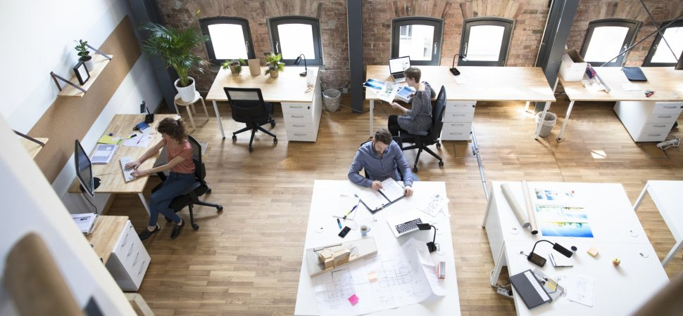 Before you commit to that coworking space know the pros for Office space pics